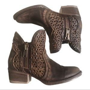 NEW CIRCLE G WOMEN'S BROWN CUT-OUT SHORT BOOTS 5M
